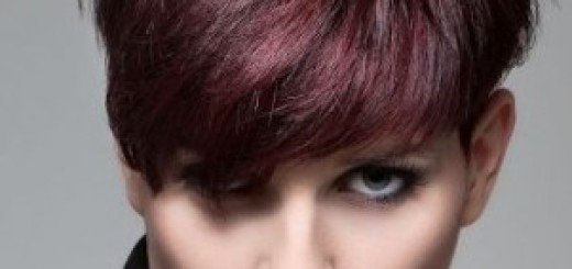 Модные коротко стриженные волосы